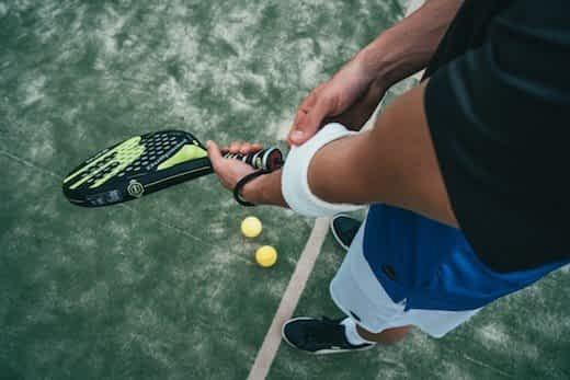 best racquet for tennis elbow