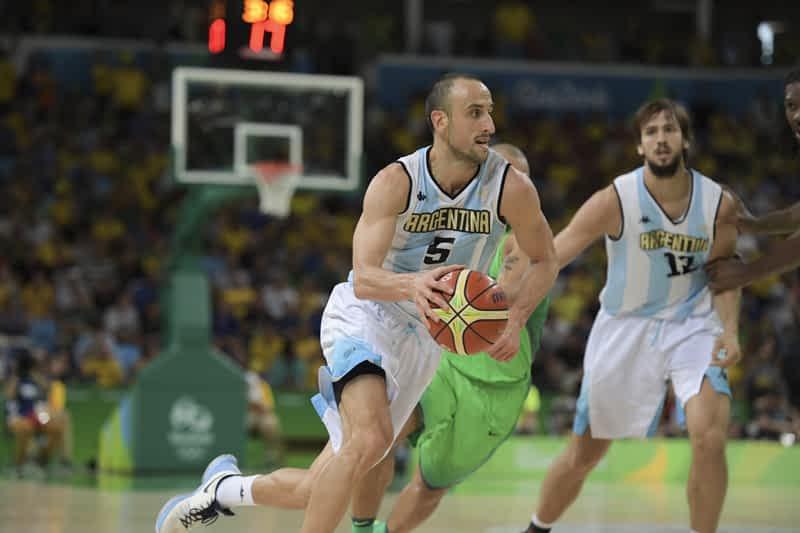 Manu Ginobili playing in olympics