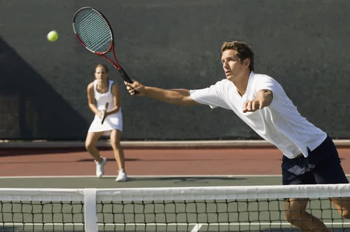 How Many Calories Does Playing Tennis Burn